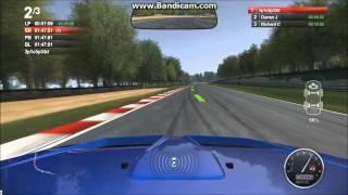 Auto Club Revolution - Brands Hatch Gameplay