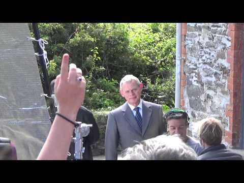 Doc Martin issues a final warning to people watching series 7 filming!