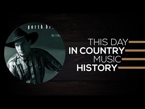 Randy Travis, Travis Tritt, Garth Brooks   This Day In Country Music History