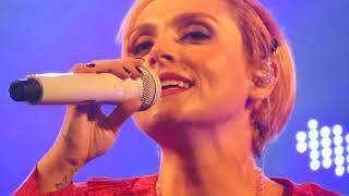 Ελεωνόρα Ζουγανέλη - Δεύτερα Κλειδιά (live)