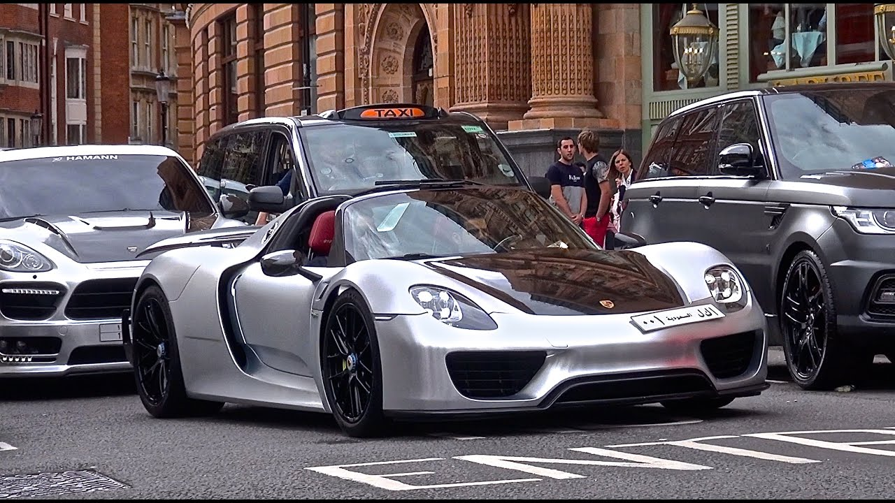 satin chrome porsche 918 spyder driving combos in london youtube. Black Bedroom Furniture Sets. Home Design Ideas