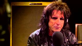 Alice Cooper and Ronnie Wood on 70s Detroit Rock N Roll scene