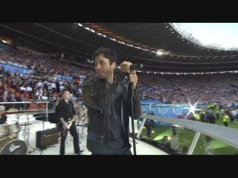 Enrique Iglesias-Can you hear me(live euro 2008)
