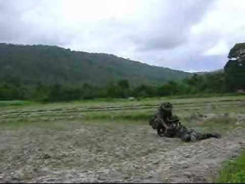 ทหารเมืองวางล่ะเบิด