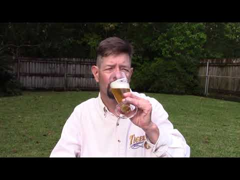 Louisiana Beer Reviews: Godfather Lager
