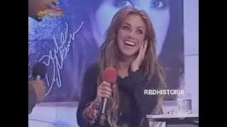 [2007] RBD en RBDMania en una Entrevista / cantan Wanna Play en Rumania [2/6]