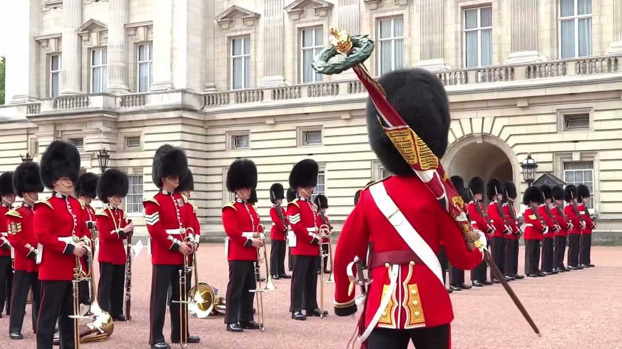 whole 46min!) Changing the Guard Ceremony バッキンガム宮殿 近衛兵 ...