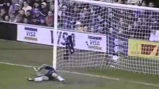 Chelsea 2 - 3 Arsenal 1999 Kanu Hat trick - YouTube.flv