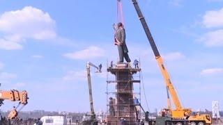 На центральной площади Запорожья демонтируют памятник Ленину(Видео телеканала