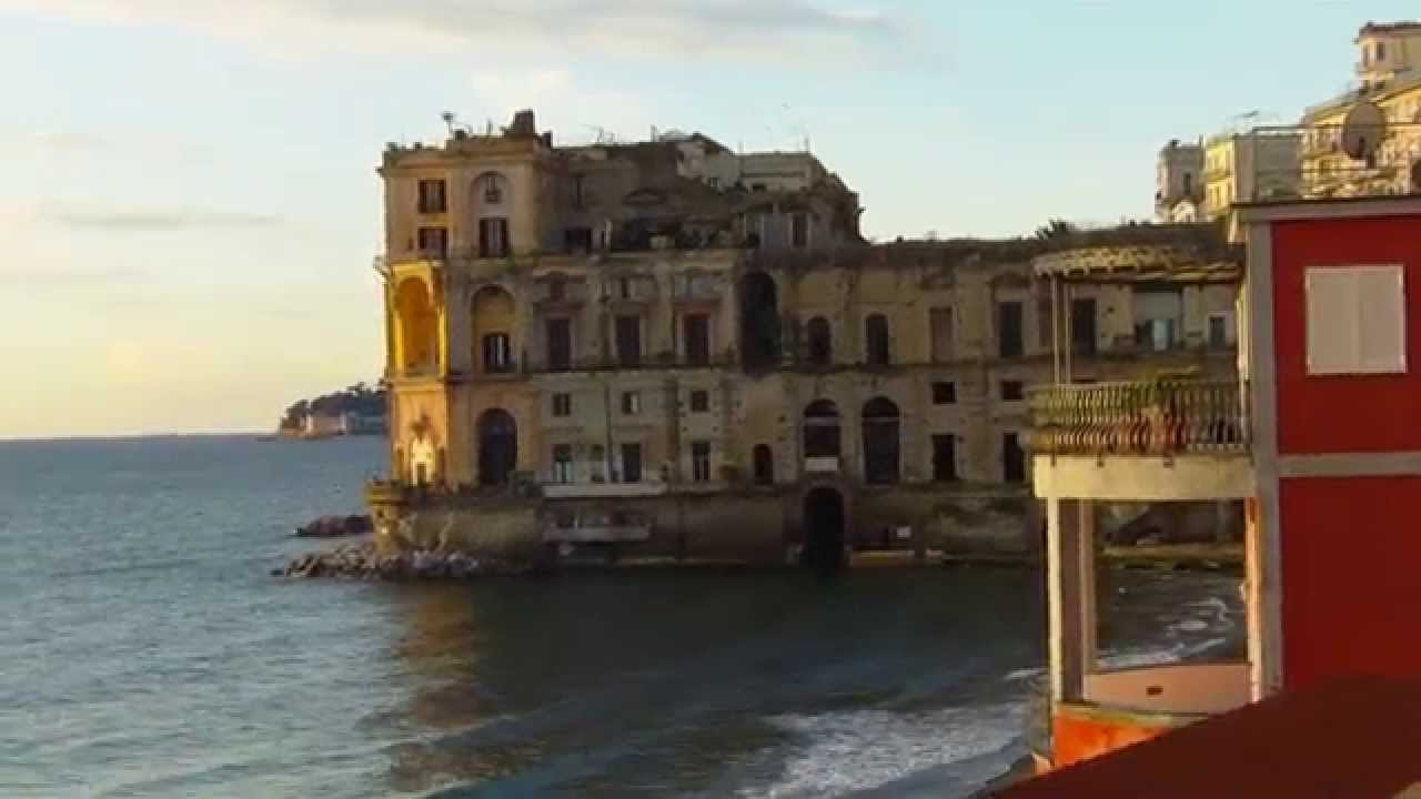 Bagno Elena Via Posillipo Napoli Januar 2015 - YouTube