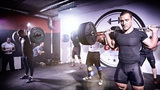 Cyclist VS Powerlifter VS Strongman - 5 minute SQUAT BATTLE!