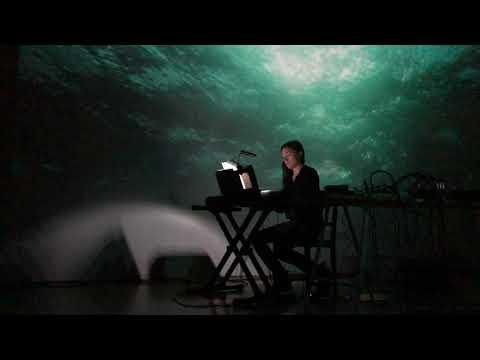 Nivhek (Liz Harris/Grouper): Live at the Lab, SF 12/21/19 (full set)