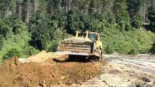 Maquinarias Lagazzi - Bulldozer CAT. D8T