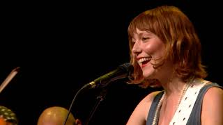 Molly Tuttle - Take The Journey (Live on eTown)