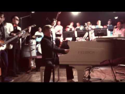 "DENIS MAZHUKOV - ""Choo Choo Ch'Boogie"" (HD)"