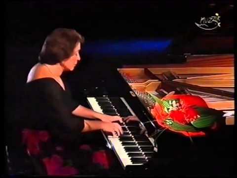 Elisabeth Leonskaja plays Chopin Valse Op 64. No 2.in c sharp minor
