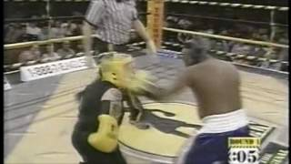 Beetlejuice from the Howard Stern Show in a real Boxing Fight