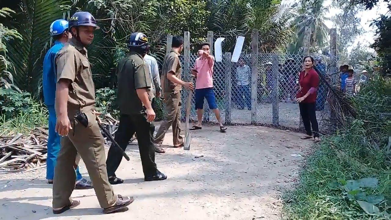 Nóng: Hàng Chục hộ dân thề vứt bỏ không để công an cướp hàng rào ở Vĩnh Long, dự án treo 15 năm qua