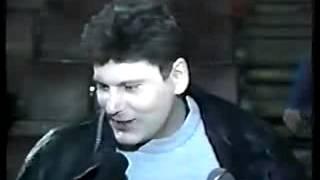 Интервью Юрия Клинских после концерта в Новокузнецке, Цирк, 27 04 1998(Вступайте все сюда http://vk.com/pamyati_uriya_hoya - сообщество посвящено светлой памяти Юрия (ХОЯ) Клинских и его группе..., 2013-08-30T10:09:38.000Z)