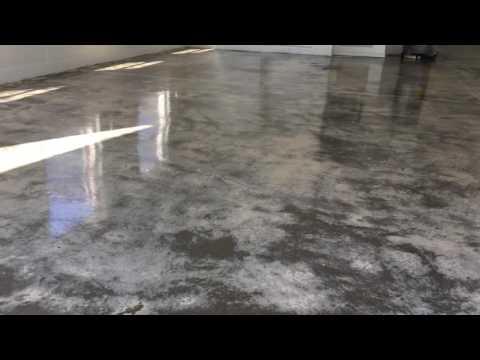 Epoxy Floor Port Orange Hangar Floor Primer and Epoxy Application