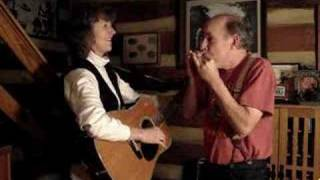"""Chicken Reel"" Annie & Mac Old Time Music Moment"