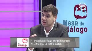 Eduardo Salas y Horacio Giusto | El Gobierno busca limitar piquetes y el ingreso de inmigrantes