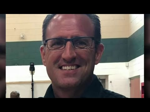 Students and parents voice support for Allen Park Middle School principal