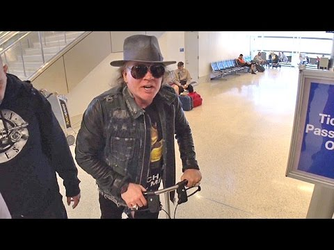 Injured Axl Rose Says He's A 'Big Prince Fan' Jetting Out For AC/DC Tour Mp3