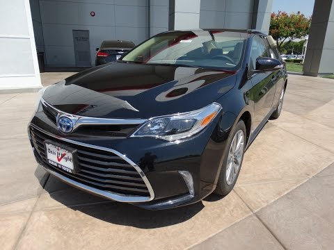 2016 Toyota Avalon Hybrid Limited - Full Take Review