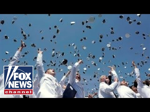 Trump delivers rousing commencement speech at Naval Academy