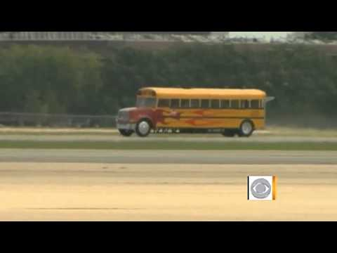 Jet-powered school bus goes 320mph