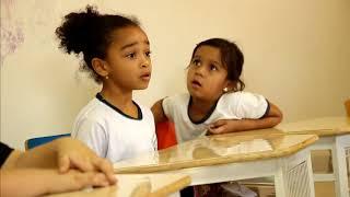 Criança foge da escola após trollagem de alunos de 6 anos