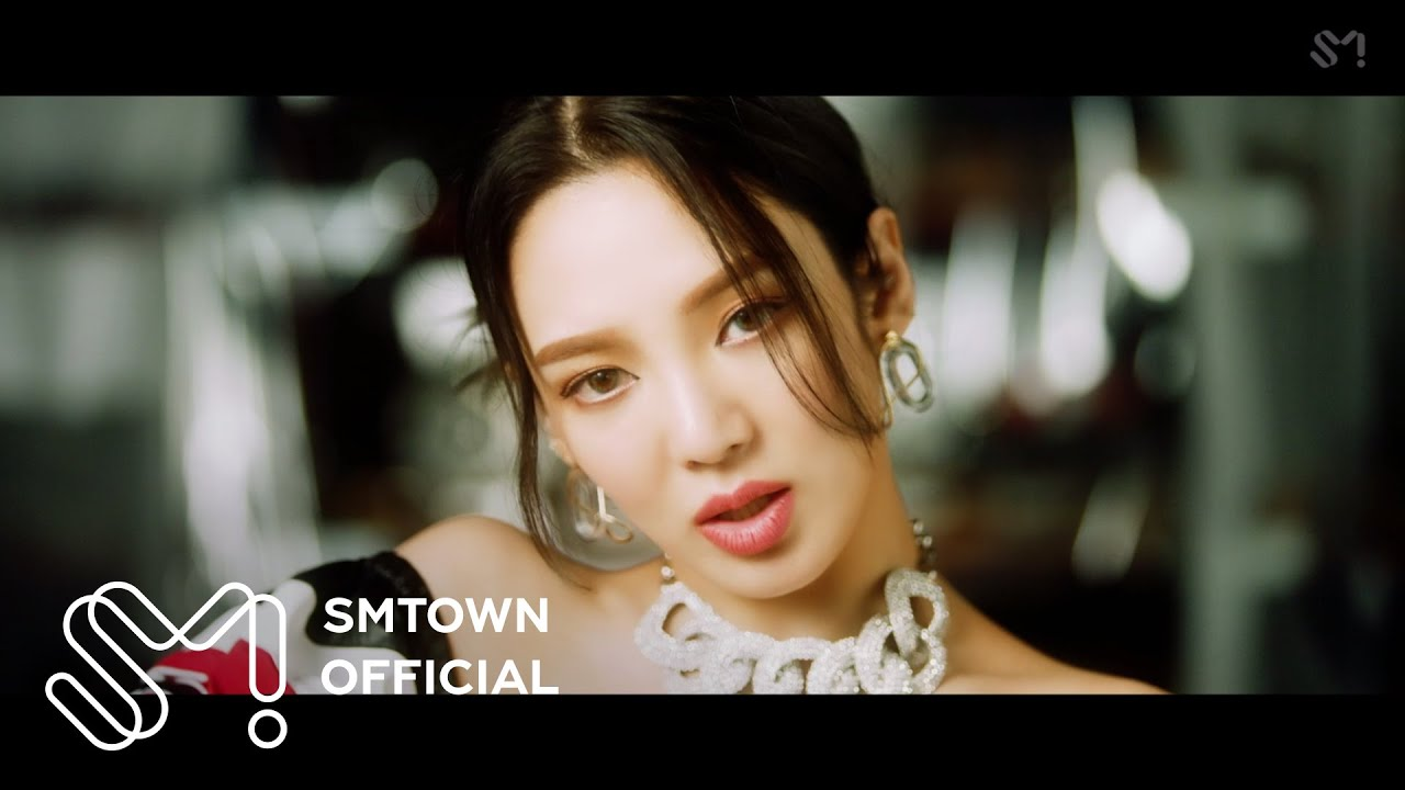 Download HYO 효연 'DESSERT (Feat. Loopy, SOYEON ((G)I-DLE))' MV