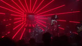 Yasemin Mori - Venüste Uyandım ( Zorlu PSM Live ) Video