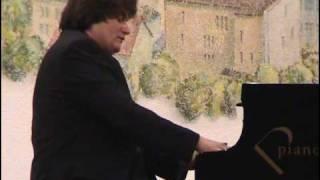 """Ingmar Schwindt, C. Debussy: Preludes 2 """"La terrasse des audiences du clair de lune"""".mp4"""