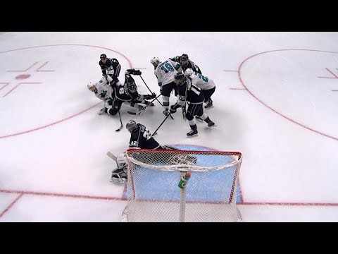 11/12/17 Condensed Game: Sharks @ Kings
