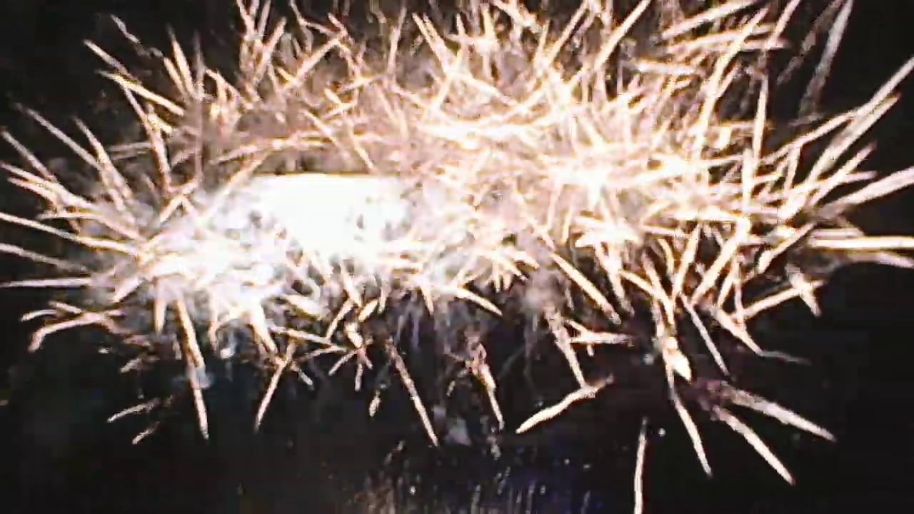 Camp Holiday Resort Samal - New Year 2019 Fireworks Display