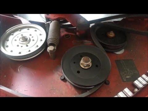 2012 Toro Z Master Deck Belt Change - YouTube