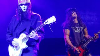 Video SLASH VS BUCKETHEAD download MP3, 3GP, MP4, WEBM, AVI, FLV Agustus 2018