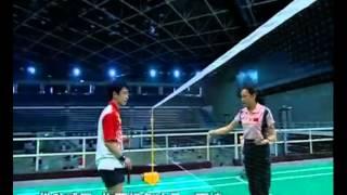 羽毛球教学 专家把脉【05】(后场高远球 正手发球)