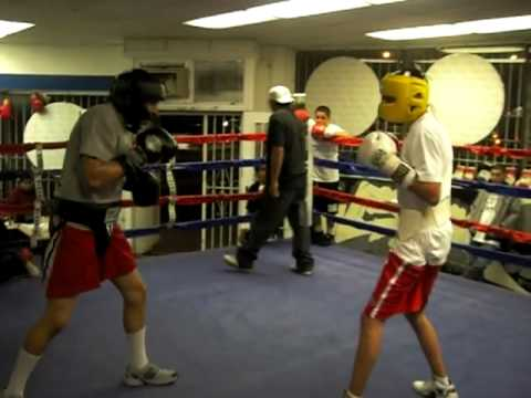 Ismael and Julio sparring 01/15/10 rd 1