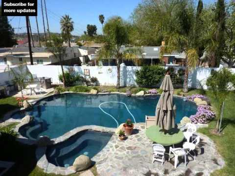 landscaping rocks pool