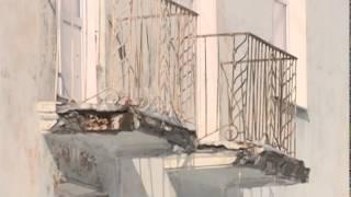 Смотреть видео упал потолок в квартире на последнем этаже