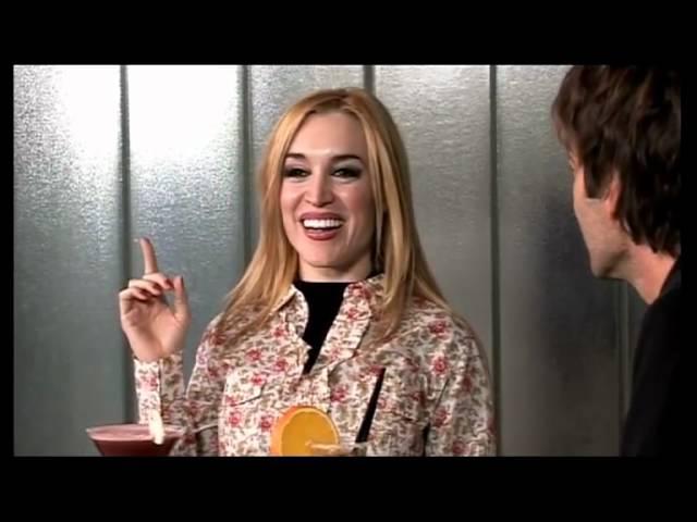 Tommy Dunster entrevista a Fatima Flores / Tendencia 2012 Videos De