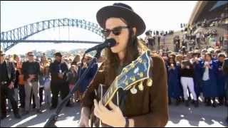 James Bay (Busking) - Hold Back The River (Acoustic) @ Sydney Opera House (Forecourt) 14/08/2015