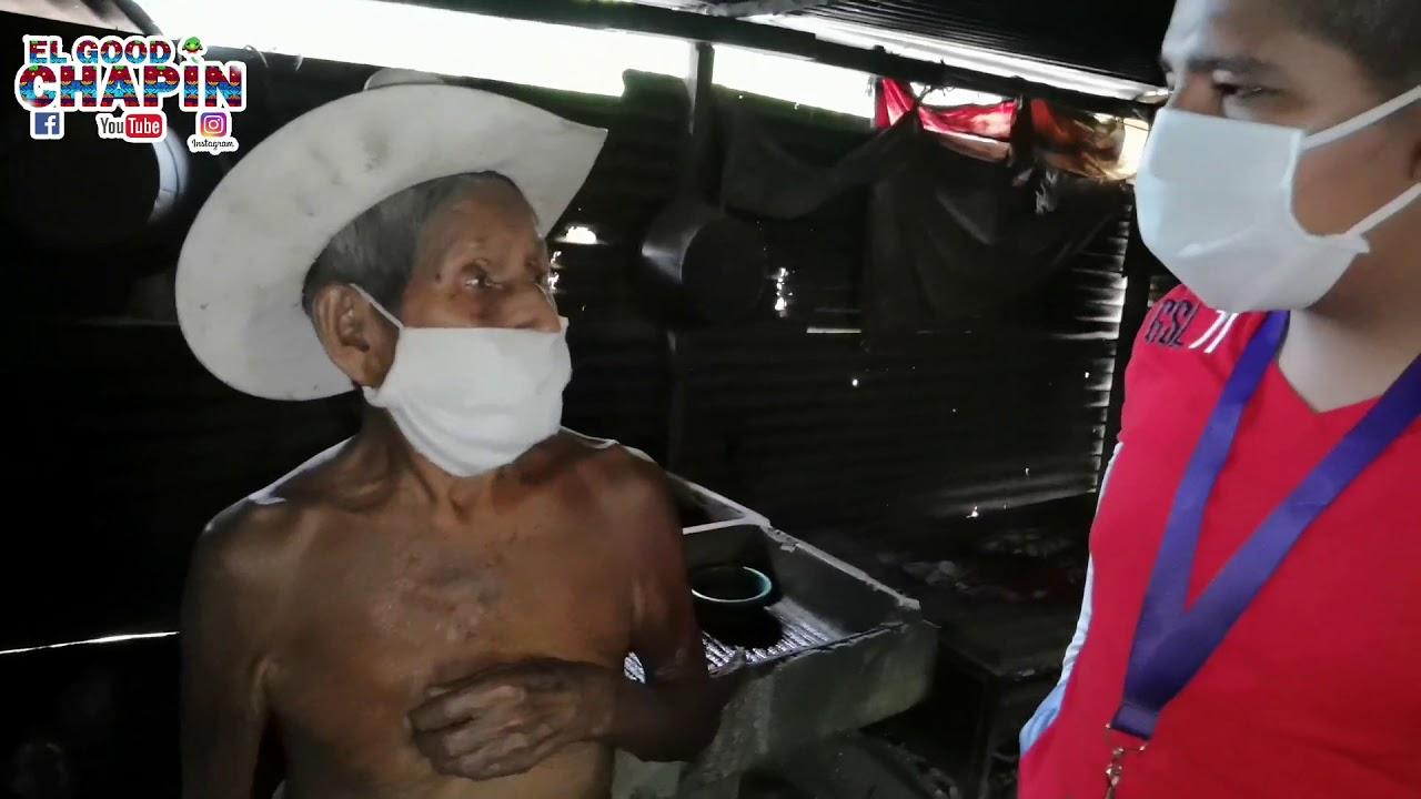 Don Chemita a sus 98 tiene que andar viendo que hace para comer