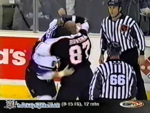 Donald Brashear vs Brad Norton Jan 2, 2003