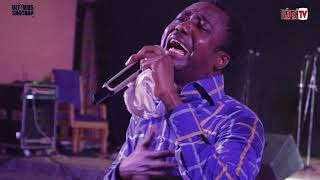 "Rev. Moses OK song ministration ""Adom wura"" at Ultimus Shachah 2019 #US'19."