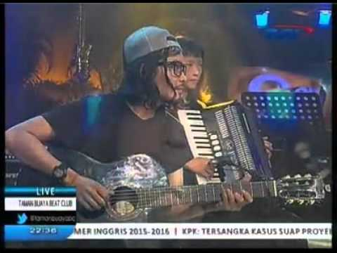 Once Mekel - Dealova (Acoustic Ver.) at Taman Buaya Beat Club TVRI