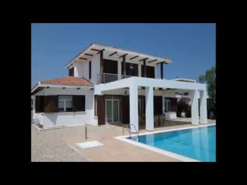 2251 LARGE 4 BEDROOM VILLA WITH PRIVATE POOL, 5 MINUTE WALK TO THE BEACH